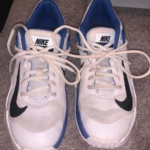 women's volleyball/basketball shoes